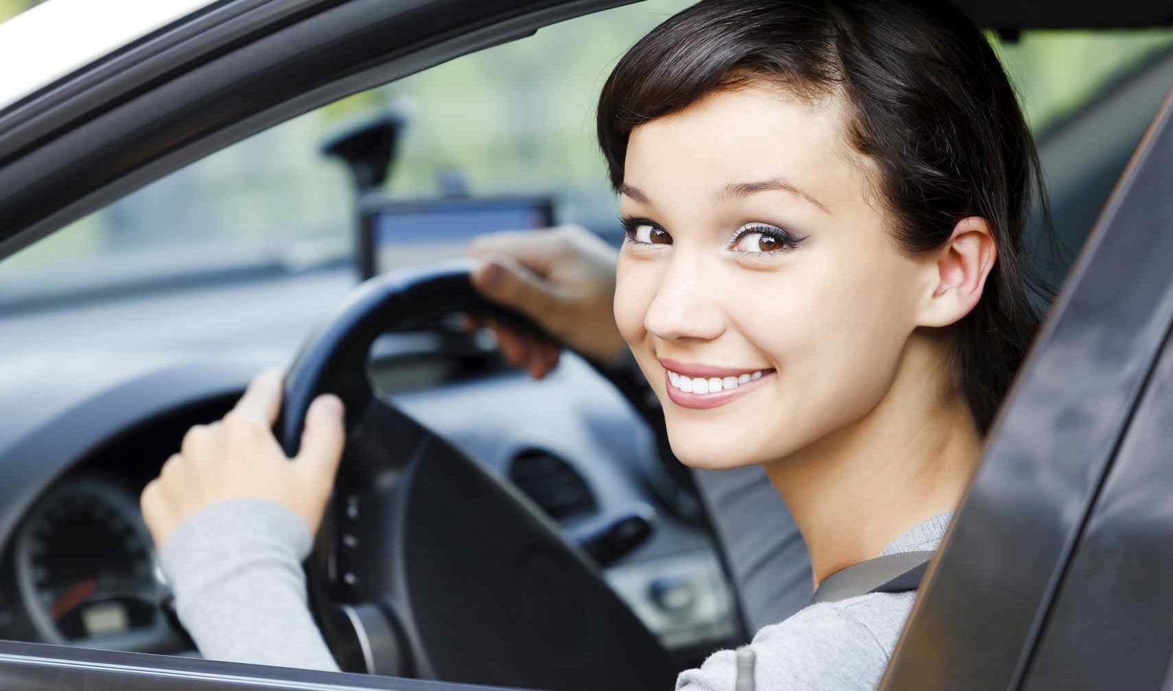 Woman driving GM2-151714-edited.jpg